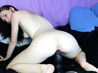Horny girl riding toys and squirt live webcam