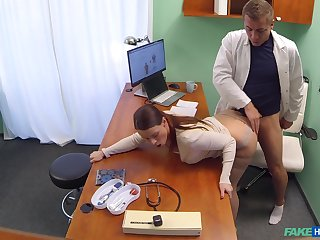 Slutty patient Alexis gave her pervy physician what he wanted