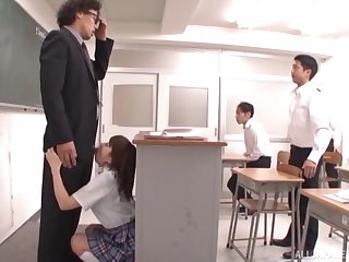 Asian college student Otoha Nanase drops on her knees to give head