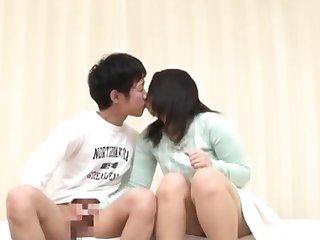 Small Breasted Asian Masturbates In The Bathtub