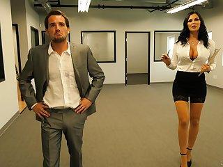 Slutty secretary Jasmine Jae fucks and eats cum within reach the office