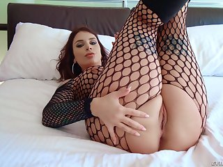 MILF Ivy Lebelle wearing fishnets handles two beamy black cocks
