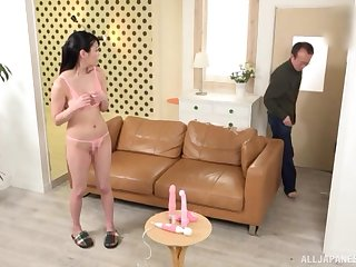 Japanese brunette Amano Miyuu gets will not hear of pussy toyed with until orgasm