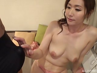 Japanese brunette babe Shiraishi Sumire gets her mouth filled with cum