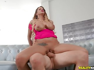 Busty MILF Brooklyn Chase makes love with younger guy