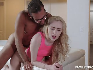 Blonde's tight little pussy makes daddy very happy