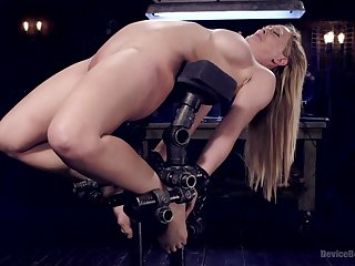 Sex machine and strong cum are the favorite things of Cherie Deville